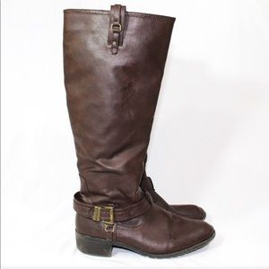 Rampage talk boots size 8 1/2 Zips on the side
